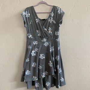 🌼Torrid Faux Wrap Floral Dress